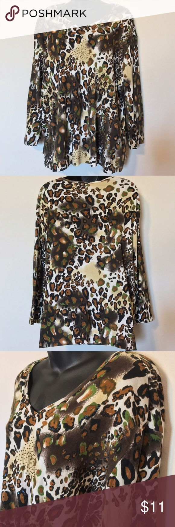 """WESTBOUND ANIMAL LEOPARD PRINT TOP 3/4 SLEEVE WESTBOUND PLUS SIZE 2X WOMEN'S ANIMAL LEOPARD PRINT TOP 3/4 SLEEVE COTTON SHIRT MEASUREMENTS LYING FLAT ARMPIT TO ARMPIT 27"""" LENGTH 27"""" Westbound Tops Blouses"""