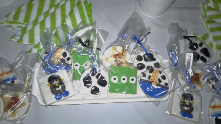 #cookies toy story #candybar #sweettable #lolo #mesadulce #cumpleaños