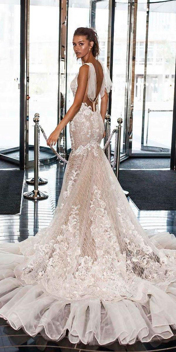 27 Mermaid Wedding Dresses You Admire ❤ See more: http://www.weddingforward.com/mermaid-wedding-dresses/ #wedding