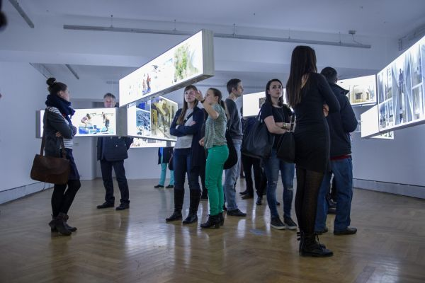 Jakub Szczęsny: OPERATIONS 14. 8.-19.10.15/ exhibition!