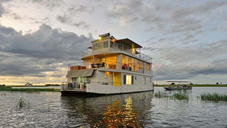 Imagine relaxing on the upper deck of one of our Chobe Princesses, an ice-cold drink in hand spotting incredible wildlife scenes. Who would you take with you? #luxurytravel #riversafari