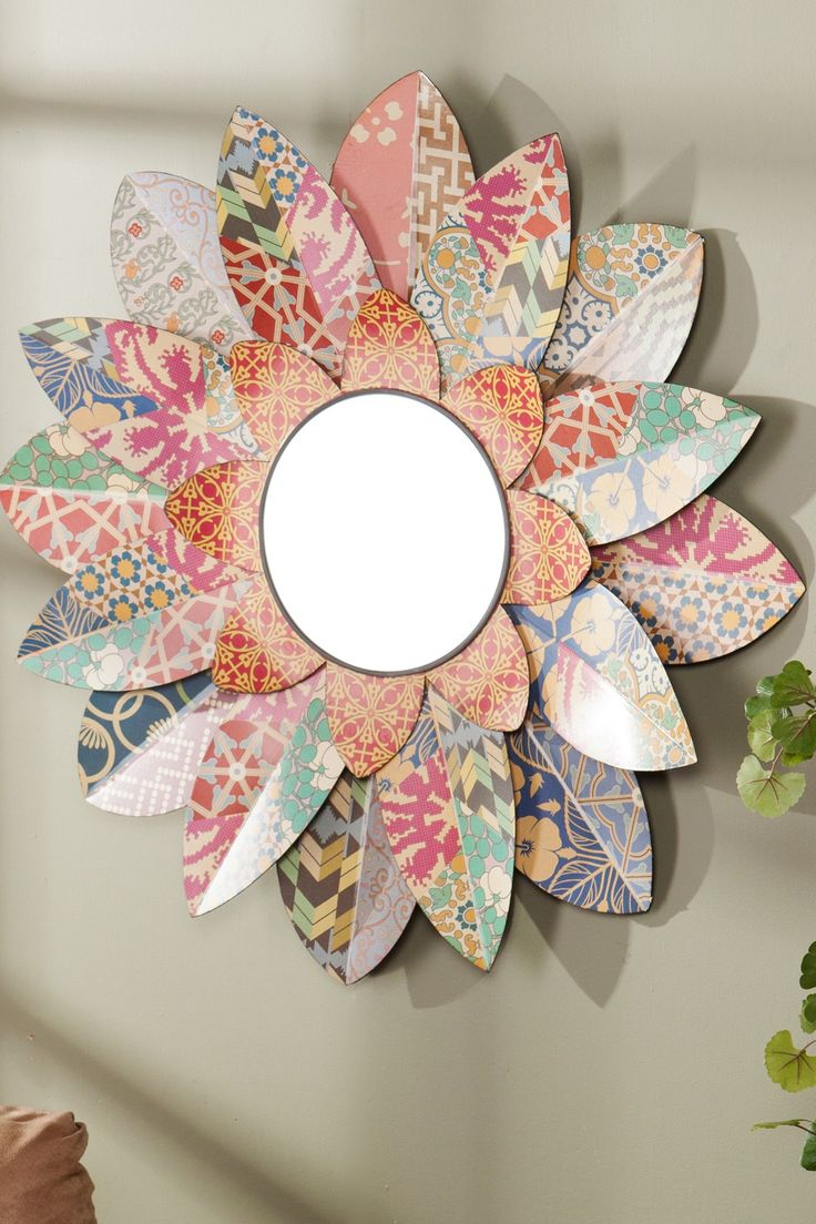 Decorative Floral Mirror on HauteLook I'd like to try to DIY this!