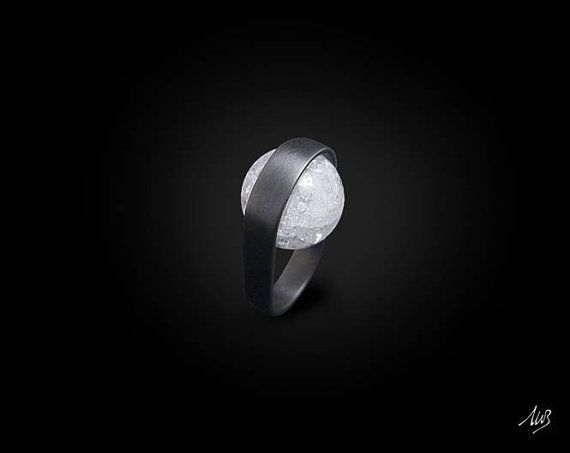 Ring in sterling silver with rock crystal, SATIN Band, Handmade, modern design, sophisticated style, natural stone, BLACK EDITION! (Ruthenium)