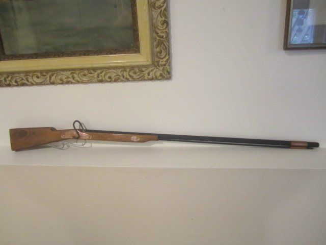 Hand Made Kentucky Long Rifle Folk Art Toy Wall Hanger Non