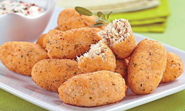 Receita de Croquete de frango e queijo - Docinho e salgadinho - Dificuldade: Fácil - Calorias: 61 por porção