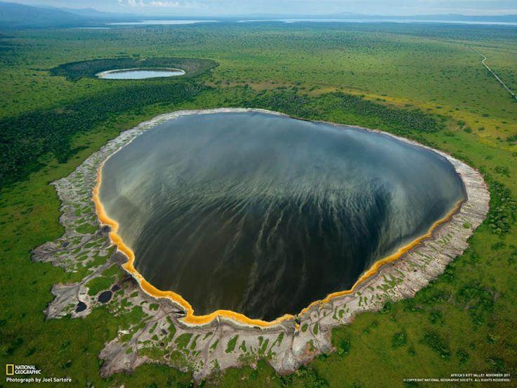 rift-floor-queen-elizabeth-park-crater-lakes