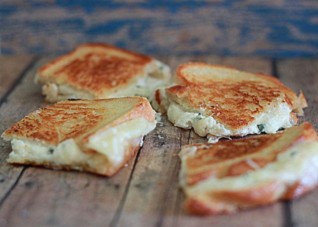 White Pizza Grilled Cheese   Kitchen Treaty