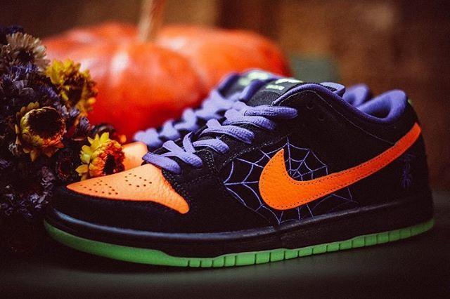 Nike Sb Dunk Low Night Of Mischief Halloween Bq6817 006 In 2020 Nike Fashion Shoes Nike Fashion Sneakers Nike