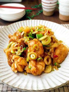 ご飯のおかずの作り置き☆下味なしの鶏もも肉の南蛮漬け by 津久井 美知子 (chiko) 「写真がきれい」×「つくりやすい」×「美味しい」お料理と出会えるレシピサイト「Nadia | ナディア」プロの料理を無料で検索。実用的な節約簡単レシピからおもてなしレシピまで。有名レシピブロガーの料理動画も満載!お気に入りのレシピが保存できるSNS。
