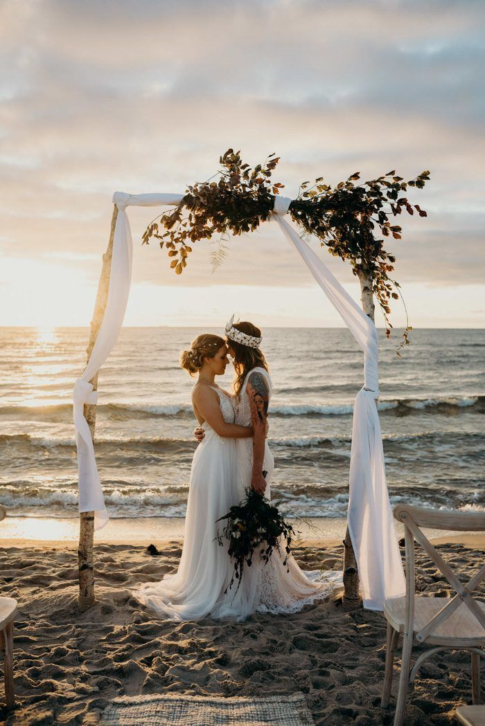 661c963c98 This dreamy Australian beach wedding inspiration is whimsical and stunning  | Image by Tahnee Jade Photography