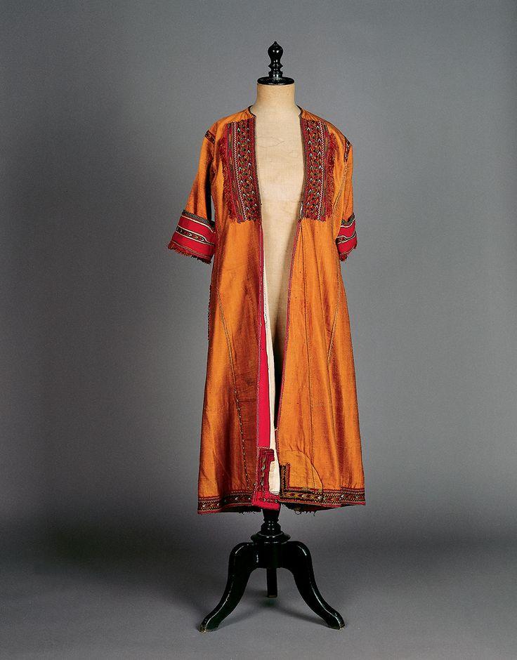 "Silk ""sayás. Overcoat, part of the ""Paesana"" costume from Asvestochori in the Thessaloniki region. - late 19th"