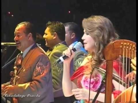 Serenata Huasteca - Guadalupe Pineda con Mariachi Vargas de Tecatitlán