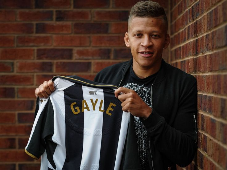 Dwight Gayle joins Newcastle