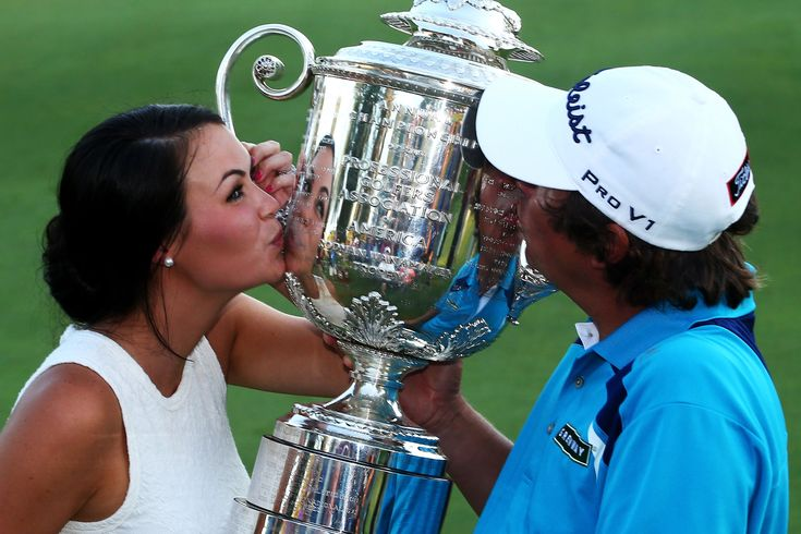 Jason Dufner shared a celebratory PGA Championship love tap with his wife 45940
