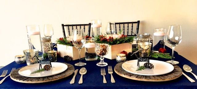 Rustic Holiday Fusion | Navy Polyester Tablecloth | Rent NOAH'S Linens for your upcoming holiday parties and events! | www.NOAHSLinens.com