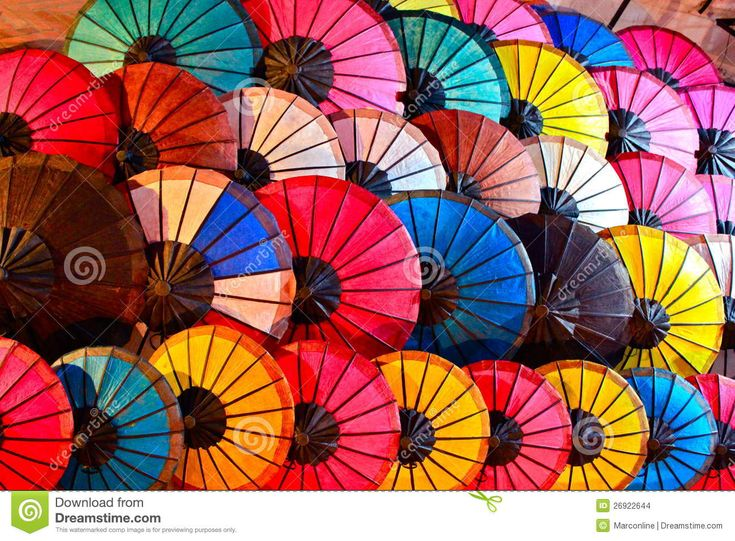 colourful-umbrellas-abstract-background-26922644.jpg (1300×957)