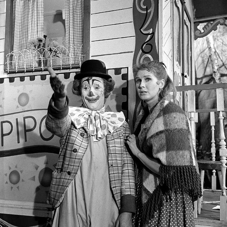 Pipo de Clown, Cor Witschge en Christel Adelaar. De eerste aflevering was in 1958.