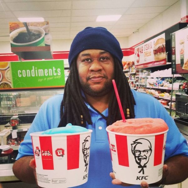 Crazy Photos From 7-Eleven's Bring Your Own Slurpee Cup Day - Neatorama