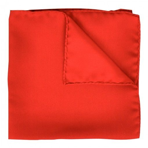 AMANDA CHRISTENSEN HANDKERCHIEF IN RED. Get it here: http://www.fernerjacobsen.no/sortiment/herre/assessoirer/lommetorkle/amanda-christensen-lommetorkle-i-rod  #red #handkerchief #suit #mensfashion