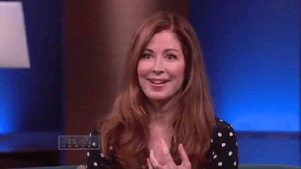 HITTED VOLNA, HOGY EZ A NŐ 60 ÉVES?! A TITKA MÉG ENNÉL IS MEGLEPŐBB! Dana Delany 60 évesen 40-nek sem néz ki. Egy TV interjúban kérdezték meg tőle, hogy mit tesz ezért.