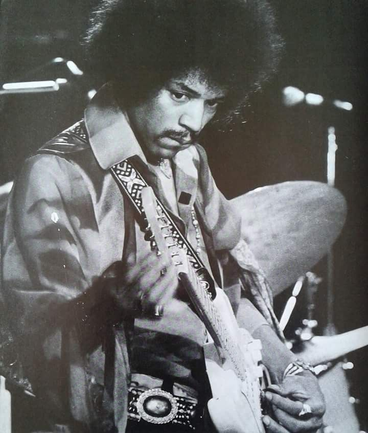 Pin By Pennie Lawless On My Rock Stars Photos Jimi Hendrix Hendrix Jimi Hendrix Experience