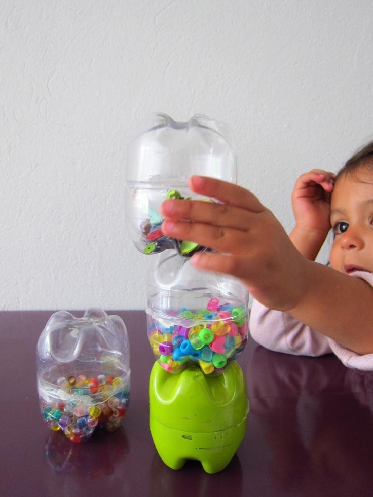 Maracas #reutilizando botellas de plástico.