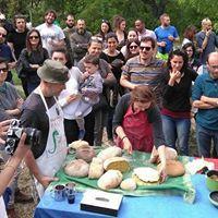 🍞Per gli amici di Bologna ecco un evento imperdibile 🍞🍕 portate le vostre preparazioni da cuocere .. ma prima leggete il regolamento sull'orario📝