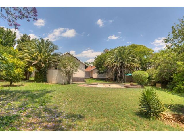 FERNDALE, RUITERHOF HOUSE    DON'T LET THIS ONE GET AWAY !!!! - HOUSE, COTTAGE AND WORK-FROM-HOME OFFICE    Carina a' Porta 060 885-2779 carinaa@ahprop.co.za    Aiken Mandlbaur 076 279-9011 aiken.ahprop@gmail.com    CALL to setup a viewing.