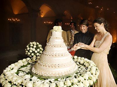 Celebrity Wedding Cakes   From their cake-cutting to their first kiss, take a peek inside their ...
