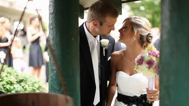 OH MY GOODNESS. cutest thing i've ever seen. i'm doing this for my wedding makes me cry. pin and watch now