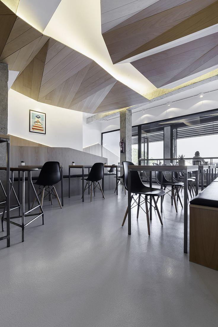 Bocatería Mirabous Café Proyecto: Nan Contract / Nan arquitectos Fotografías: Iván Casal Nieto