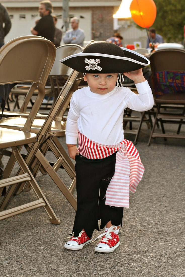 Best 25+ Pirate costume kids ideas on Pinterest | Pirate shirts ...