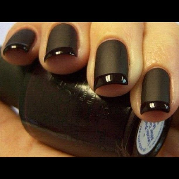the dread with months! bring out the dark nails!! love this matte black!