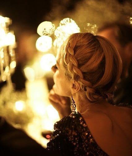 Dia de Beauté - http://revista.vogue.globo.com/diadebeaute/2012/11/inspiracao-express/