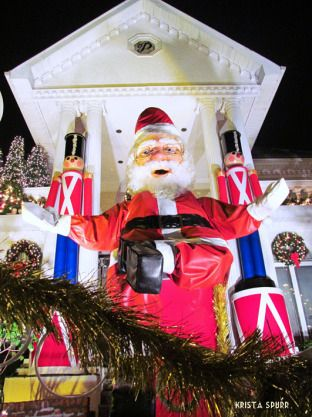 New York Brooklyn Christmas lights Dyker Heights Scary Santa Claus