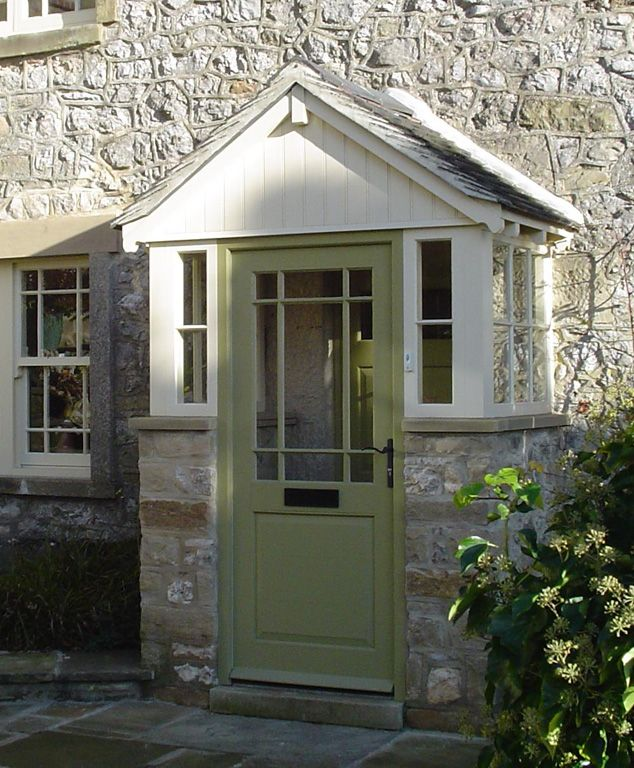 Wooden Front Porch Uk: Best 25+ Traditional Porch Ideas On Pinterest