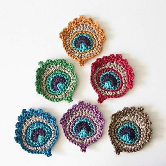Small Crochet Peacock Feather Appliques or Motifs by TheCurioCraftsRoom Great to decorate boxes, purses, cardigans or to make a garland of!