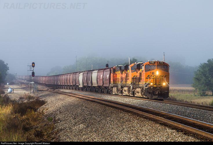 RailPictures.Net Photo: BNSF 7110 BNSF Railway GE ES44C4 at Mulvane, Kansas by Russell Watson