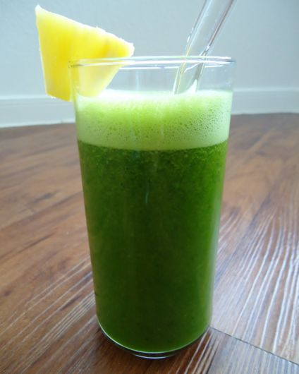 spinach, carrot, pineapple, cilantro #juice from @BluePrintCleanse