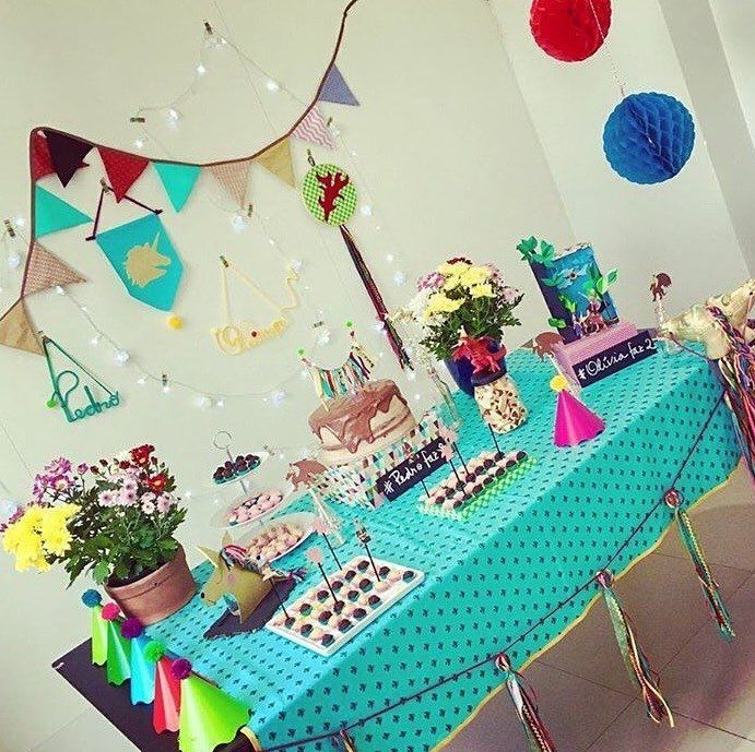 Que foto lindaaaa da mesa que recebemos da famíliaapós abrir o Box da Festejo!!!    Tudo será reaproveitado!    #NaFestejoCadaFestaÉÚnica!  Saiba mais em nosso site! . . #FestejoInBox #ComemoreComAFestejo #FestejeComAFestejo #FestaDeCrianca #FestaDeCriança #FestaInfantil #FestaPersonalizada #FestaEmCasa #PartyDecor #KidsParty #CompreDasMães #AquiTemMãeEmpreendedora #Maternativa #DioramaFestejoInBox #DesignerFestejoInbox #MenosÉMais #FeitoComAmor