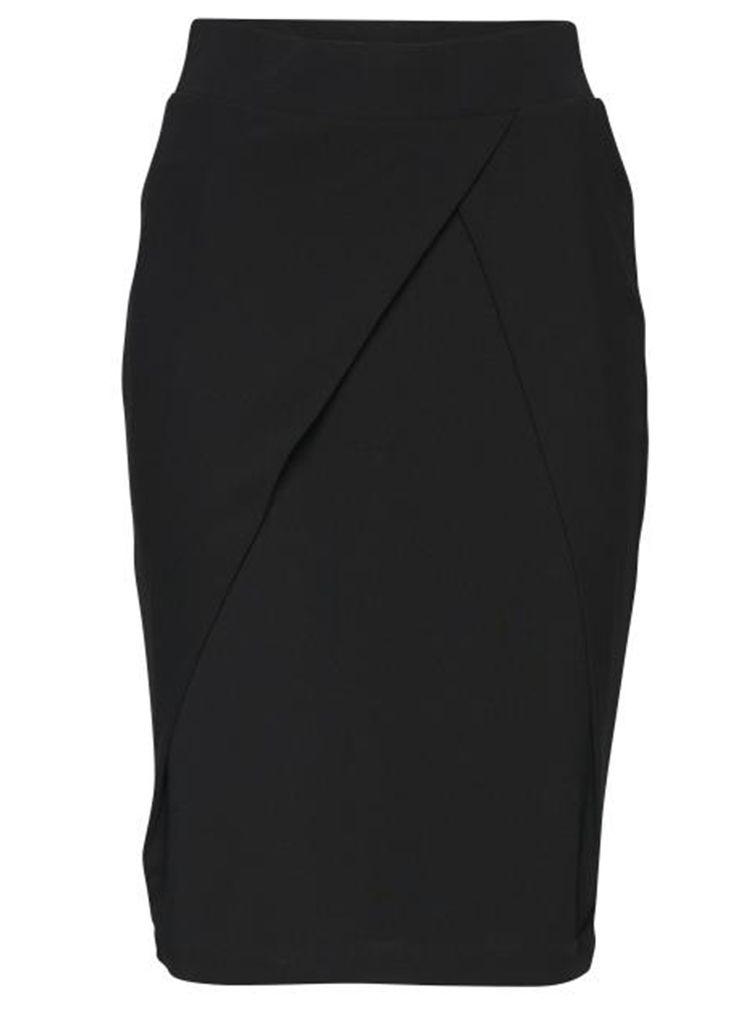 Ichi KEEN SKIRT 20103239 Rokken 10001 black  Description: Ichi keen skirt 20103239 Dames kleding Rokjes zwart? 3495  Direct leverbaar uit de webshop van Express Wear  Price: 17.48  Meer informatie