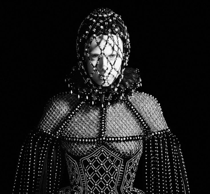 David Sims – Alexander McQueen F/W 2013