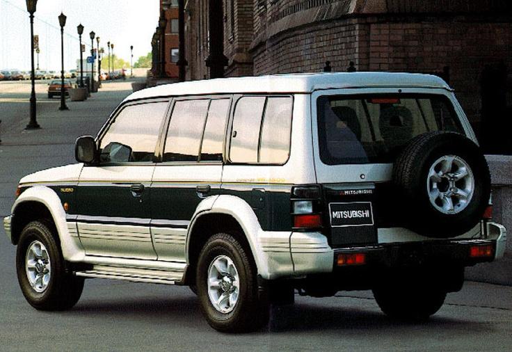 Mitsubishi Pajero Long Body