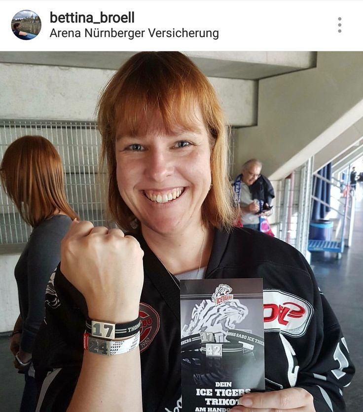 """Thomas Sabo Ice Tigers Nürnberg, Patrick Reimer #17. Thx 2 """"bettina_broell"""" (@instagram) #hockey #eishockey #hockeylife #hockeyfan #DEL #NHL #hockey"""