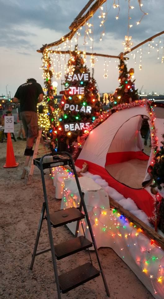 Fake Christmas Tree Stands