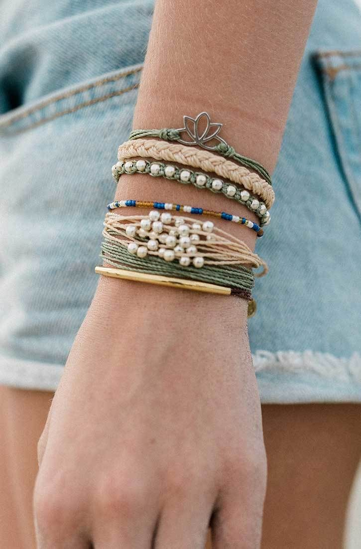 Boho Chic | Pura Vida Bracelets  Every bracelet you purchase helps provide jobs to local artisans in Costa Rica. Get this bracelets at 20% off at Pura Vida Bracelets when you use the code BRIDGETKARCHER20 at checkout. http://www.puravidabracelets.com