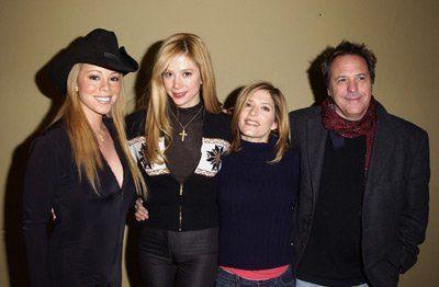 Mira Sorvino, David Anspaugh, Mariah Carey and Melora Walters at event of Atrapadas por la mafia (2002)