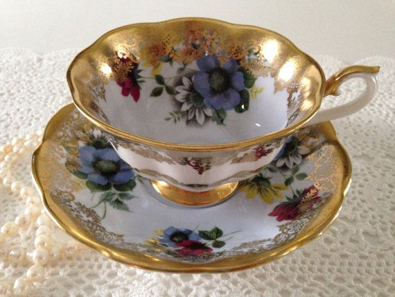 "Rare Royal Albert China Tea Cup & Saucer ""Portrait Series"" Avon Shape"