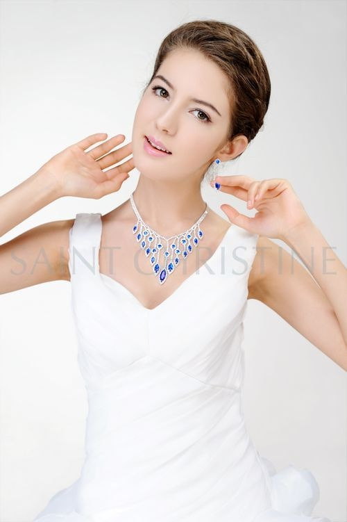 Handmade Chandelier Blue Crystal Necklace & Earrings Set Crystal Jewelry Set at Saintchristine.com