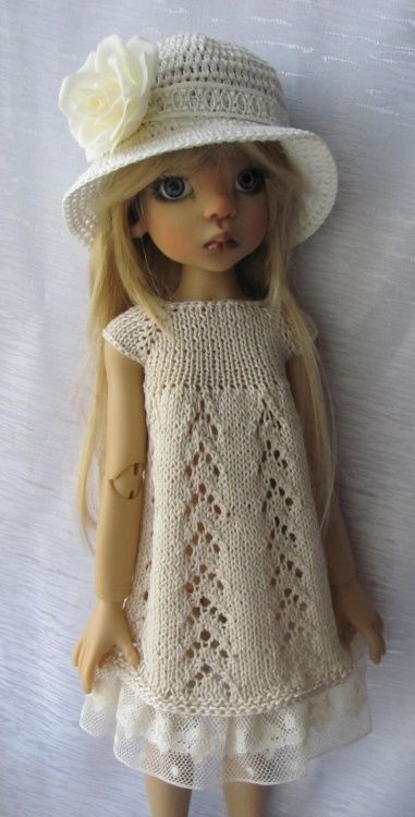 """Hand Knit Doll Outfit Set for BJD Doll 18"""" , Kaye Wiggs."""